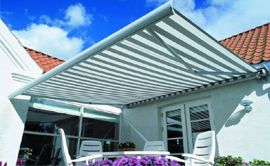 Canvasworks, Inc. in Kennebunk Maine Awnings, Retractable Deck