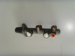 Brake Master Cylinders - Suspension parts