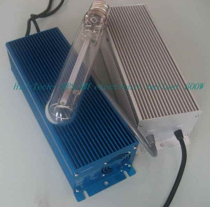 Electronic ballast for HID lamps