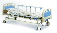 two-cank manual hospital bed