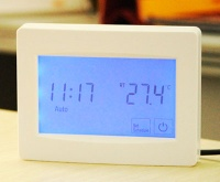 TR8100FH touch screen thermostat