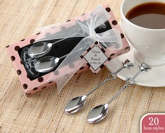 spoon lovers for Valentines Day - couple spoon