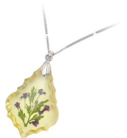 pressed flower necklace - 03