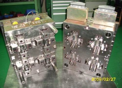 plastic injection mold--
