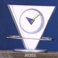Triangle Shape Clock With One Swing Oval Ring