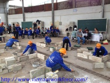 Vietnam Construction Workers - recruitment3