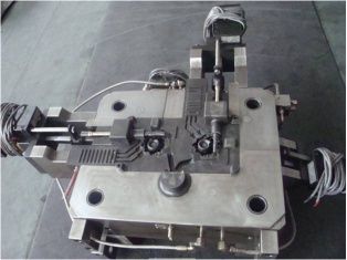 Auto steering pump shell Die casting Molds
