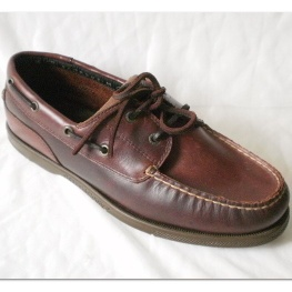 Men leather mocassin boat shoe with brown pull up leather and leather lace - DCI-001