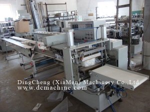 Automatic Toilet Paper Multiple Rolls Packing Machine - DC-TP-PM6