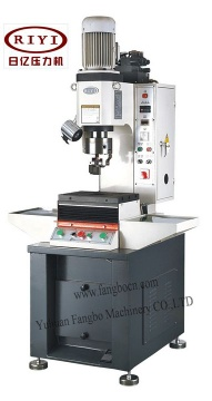 hydraulic rivetig machine with torque detection - riveting machine