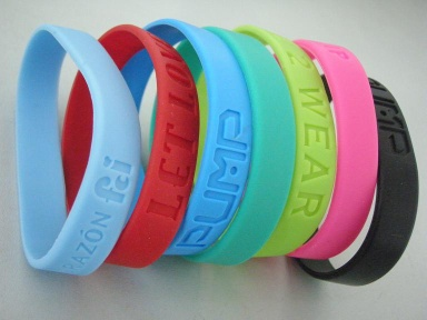 silicone bracelets debossed wristbands for promotional gift - meiyida-02