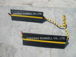 Aircraft rubber wheel chock - TS010