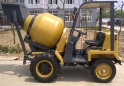 self-loading mobile concrete mixer - SD680