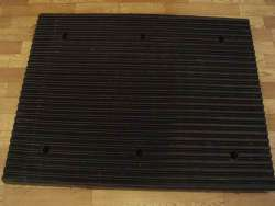 rubber reducing noise board/board for reducing noise/roadway safety/traffic safety/parking facility
